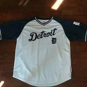 Mens XL jersey shirt